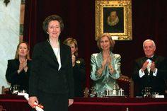 Acto de ingreso de Margarita Salas, el 4 de junio de 2003.© «El País».