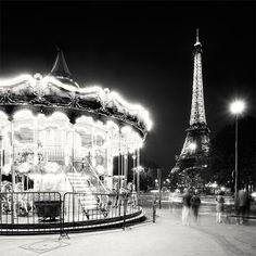 Night-time in Paris