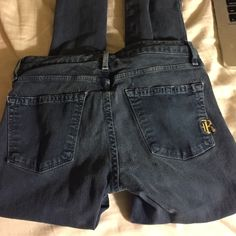 Rich and skinny, skinny jeans Great fit and color. Hardly worn! Rich & Skinny Jeans Skinny