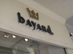 Fachada da Bayard/ Emissor: Bayard/ Destinatário: possíveis clientes que estiverem passando pela rua