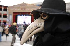 CARNEVALE DI VENEZIA 2012 - sito ufficiale~all time lol favorite mask! ~mi fa ridere com' un' pazzo! e tardi..~