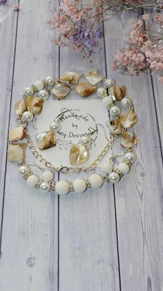 Mother Of Pearl Jewelry Set, Elegant White Necklace for Women, Natural White Coral and Pearl Jewelry, Abalone Shell Necklace and Earrings Etsy Jewelry, Jewelry Stores, Jewelry Gifts, Fine Jewelry, Jewelry Making, Unique Jewelry, Jewelry Ideas, Jewellery, Mother Of Pearl Jewelry