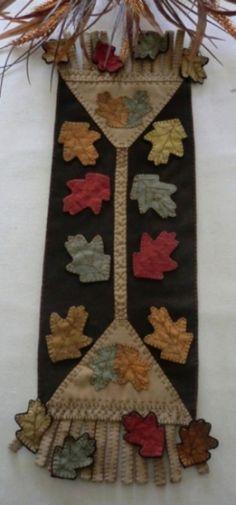 """""""Raking Leaves""""  Wool Penny Rug Tablerunner Pattern-Wool, leaves, fall, autumn, penny rug, tablerunner, candle mat, hand-dyed wool, pattern, rake"""