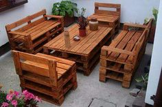 How To 40 Creative DIY Pallet Furniture Ideas 2017 - Cheap Recycled Pallet - Chair Bed Table Sofa Pallet Garden Furniture, Outdoor Furniture Plans, Cheap Furniture, Furniture Ideas, Pallet Chair, Lounge Furniture, Pallet Lounge, Pallet Benches, Furniture Nyc