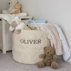This quilted, beige gingham toy basket is large enough to keep things tidy and clutter free and looks sylish in nurseries, bedrooms or playrooms.The toy basket has 2 strong handles for easy transportation. A neutral gingham fabric on the outside and a plain light beige fabric inside means it will co-ordinate with any home and is suitable for any age. The quilting gives it a beautiful premium feel. Also available in Grey, Pink, Red and Blue gingham (please see seller's full range).  Our toy…