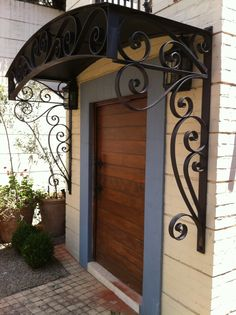 House Front Design, Shed Design, Gate Design, House Design Pictures, Window Grill Design, Wrought Iron Decor, House Stairs, Iron Doors, House Entrance
