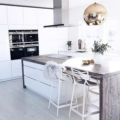 One of my all time favourite kitchens - white wood and copper perfection by @sandratherese88