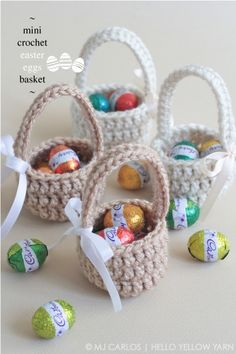 Crochet basket 621496817308960604 - Free Crochet Basket Patterns,Mini Crochet Easter Eggs Basket-The possibilities are endless to make crochet basket free patterns that you can crochet and increase the beauty of your home. Source by DIYHomedecorz Crochet Easter, Easter Crochet Patterns, Crochet Motifs, Holiday Crochet, Cute Crochet, Easter Egg Basket, Easter Eggs, Easter Hunt, Easter Projects