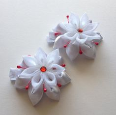 Set of two White/Red Kanzashi Hair Clips. by CuteseyTootsie
