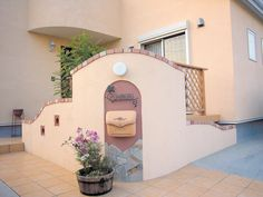 Courtyard Design, Front Porch, Provence, Entrance, Pink, New Houses, Embellishments, House Siding, Facades