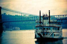 BB Riverboat Wedding Cincinnati Ohio
