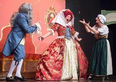 Perché la moda racconta la storia - Welcome in #BecauseTheStyle ! #abiti #teatro