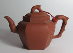 Chinese Terracotta Tea Pot Est £50-£80 to be auctioned 15/6/16