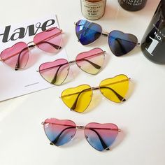 "Harajuku fashoion gradient glasses SE9788      Coupon code ""cutekawaii"" for 10% off"