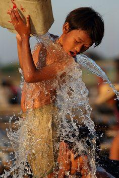Refreshing rinse . Myanmar