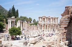 The-ancient-city-of-Ephesus-copyright