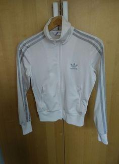 Kaufe meinen Artikel bei #Kleiderkreisel http://www.kleiderkreisel.de/damenmode/jacken/125140854-weisse-adidas-trainingsjacke-mit-silber-streifen