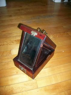 Vintage Shaving Kit Box w/ Fold Out Mirror by RedRiverAntiques, $125.00
