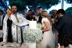 στολισμος-εκκλησιας-γαμου-4 Greek Wedding, Boho Wedding, Summer Wedding, Wedding Flowers, Wedding Dresses, Wedding Ideas, Candle Wedding Centerpieces, Wedding Decorations, Church Aisle