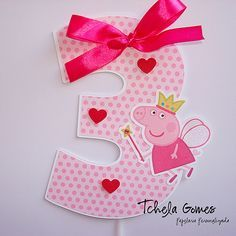 In blue 1 Pig Birthday, Baby Girl Birthday, Third Birthday, 4th Birthday Parties, Cumple Peppa Pig, Pig Party, Party Themes, Party Ideas, Picnic Recipes