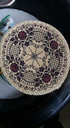 Knitting Needles, Needlepoint, Loom, Cross Stitch Patterns, Projects To Try, Embroidery, Tableware, Crafts, Punto De Cruz