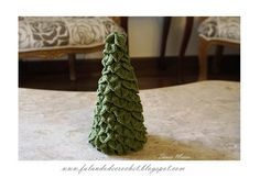 """FALANDO DE CROCHET"": ARVORE NATAL EM CROCHE NO PONTO CROCODILO (CHRISTMAS TREE MADE WITH CROCODILE CROCHET STITCH)"