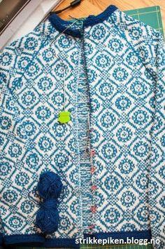 Strikkepiken – Sandwich-stolper med rullekant Knit Crochet, Knitting Patterns, Couture, Sweaters, Fashion, Tejidos, Wool, Tricot, Moda