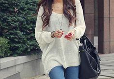 Fall Outfit - Large Knit Sweater - I need more of these Fall Winter Outfits, Autumn Winter Fashion, Cool Sweaters, Oversized Sweaters, Oversized Shirt, Oversized Tops, Baggy Sweaters, White Sweaters, Ladies Sweaters