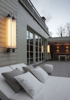 This impressive luminaire will both attract your attention and highlight the outdoor. Fuser is at best wall mounted to safeguard your entrance or your outdoor spaces. Its industrial look blends in perfectly with all kinds of architecture. Fuser contains fluorescent lamps and a diffuser to soften the light. #fuser #supermodular