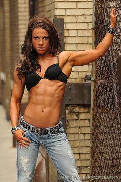 Emily Zelinka - CBBF Figure Athlete and Fitness Model
