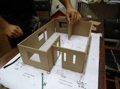 Aprenda como fazer maquetes de casas!                              … Modern Dollhouse, Diy Dollhouse, Dollhouse Miniatures, Architecture Model Making, Doll House Plans, House Template, Barbie Doll House, Diy Cardboard, Home Design Plans