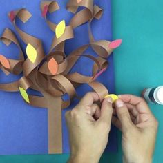 This constructions paper tree is a fun construction paper craft. Create it all seasons by just switching up the fall leaves for blossoms, green leafs, apples, or leave them bare. Fall Paper Crafts, Fall Arts And Crafts, Tissue Paper Crafts, Fall Crafts For Kids, Holiday Crafts, Kids Crafts, Art For Kids, 3d Paper, Harvest Crafts For Kids