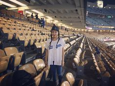 THINK BLUE:  Good times #dodgers #dodgerstadium #happy #sport #goodtimes #weekend #fun #game #instagood #like4like #style  #likeforlike #look #instagram #goodnight  #photooftheday #outfit  #instadaily #me by d_na007