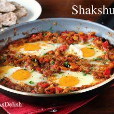 Shakshuka (Eggs Poached in Tomato Sauce) | Healthy Malaysian Food Blog & Food Recipes