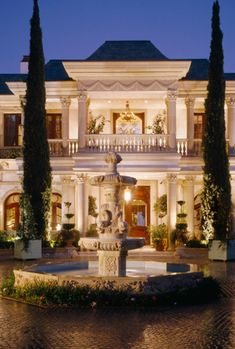 Luxury Home, luxurious ephemera exterior