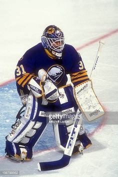 Grant Fuhr Hockey Goalie, Hockey Players, Goalie Mask, Buffalo Sabres, Detroit Red Wings, Nhl, Masks, Classic, Sports