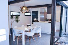 ojfrs's situé à Villeurbanne, France. Trouver plus d'inspiration design sur MADE.COM/Unboxed.