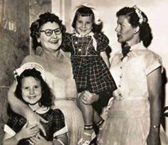 Σκότωσε 4 συζύγους, τα 2 παιδιά της, τις αδελφές της και μια πεθερά της. Η serial killer που έσκαγε στα γέλια όταν…