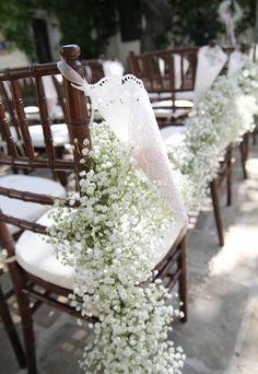 Spreading floral love.: Romantic Villa Wedding