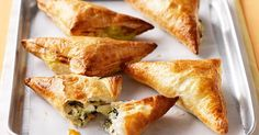 Spinach & feta turnovers - December 28 2018 at - Amazing Ideas - and Inspiration - Yummy Recipes - Paradise - - Vegan Vegetarian And Delicious Nutritious Meals - Weighloss Motivation - Healthy Lifestyle Choices Yummy Recipes, Vegetarian Recipes, Cooking Recipes, Yummy Food, Tasty, Recipies, Dinner Recipes, Spinach Recipes, Cooking Ideas