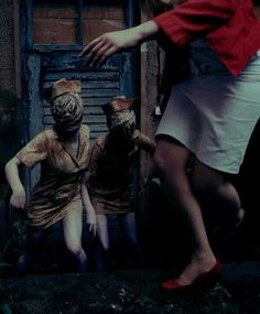Silent Hill - Woman / Running / Monsters