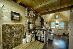 cabin-style-compact-washington-mobile-home-for-two-9-view-toward-living-room.jpg
