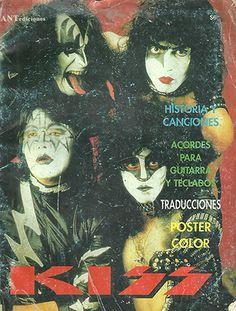 kiss : portada de una revista la cual trae algunas tablaturas para guitarra o algo así | ahorayya2