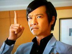 Sakai Masato as Komikado Kensuke.