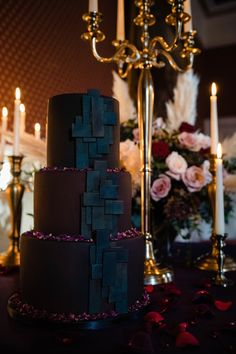 Gothic wedding inspiration and ideas - Alternative, urban wedding cake by The Urban Cakehouse. Photo by Vicky Clayson Photography at National Justice Museum Gothic Wedding Cake, Cat Wedding, Quirky Wedding, Unique Wedding Venues, Wedding Ideas, Unusual Wedding Dresses, Beautiful Wedding Cakes, Gorgeous Cakes, Glamorous Wedding
