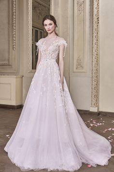 Serena Wedding Gown #SerenaWeddingGown #OtiliaBrailoiuAtelier #weddingdress #AnUntoldPoem
