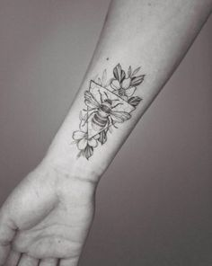 Bee Tattoo 2 by Phoebe Hunter - Tattoo, Tattoo ideas, Tattoo shops, Tattoo actor, Tattoo art - Bee Tattoo 2 by Phoebe Hunter - Jäger Tattoo, Piercing Tattoo, Tattoo Shop, Body Art Tattoos, New Tattoos, Sleeve Tattoos, Shape Tattoo, Tatoos, Glyph Tattoo