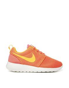 Bild 1 von Nike – Orange Roshe Run – Turnschuhe