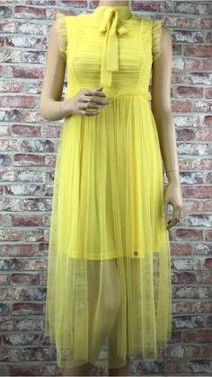 Lté Midi Aty S Maou Short Sleeve Dresses, Dresses With Sleeves, Fashion, Moda, Sleeve Dresses, Fashion Styles, Gowns With Sleeves, Fashion Illustrations