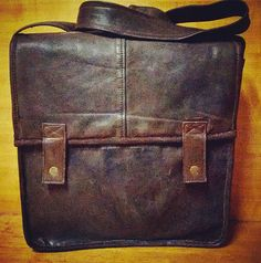 NEW Brown leather schoolbag VINTAGE built by hand!  Made in Italy  We are artisans and all of our materials are available in various styles and colors.